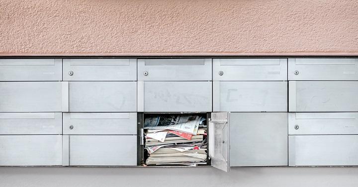 Cuidado com correspondências e cobranças falsas